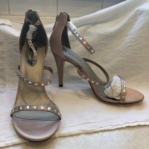 Gold satin embellished heel
